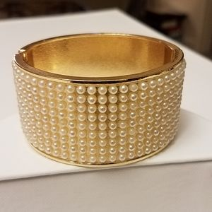 Jewelry - Gold Hinged Bracelet with Pearls